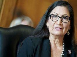 Deb Haaland è la prima nativa americana