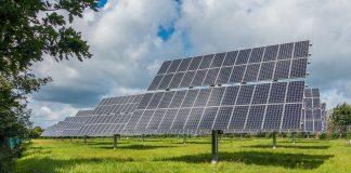 Le rinnovabili costano quattro volte in meno del nucleare