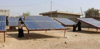 Le microreti solari delle donne yemenite