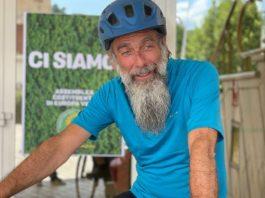 Viaggio in bici per presentare libro